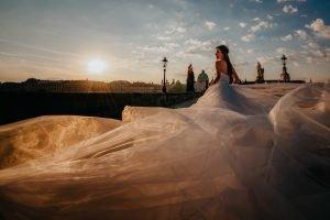 2ofus-weddings-Prague-engagement-portrait-colekor-003