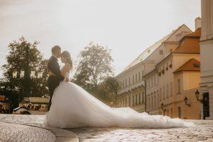 2ofus-weddings-Prague-engagement-portrait-colekor-055